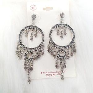 Silver dangling circle earrings